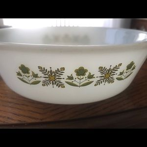 Vintage Fire King 1 1/2 Quart uncovered casserole
